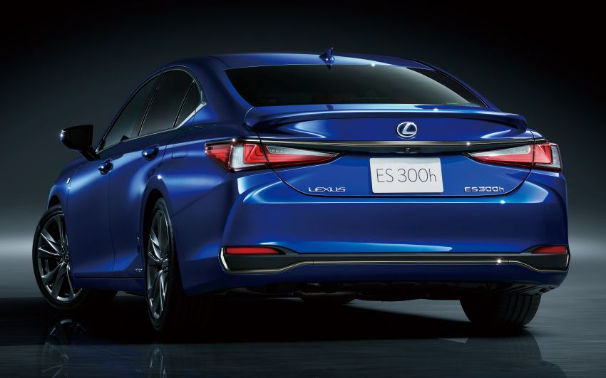 2019 Lexus ES launched in Japan – world's first side-view cameras, ES 300h hybrid only, RM216k to RM259k Image #878746
