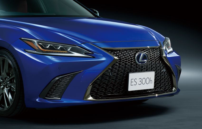 2019 Lexus ES launched in Japan – world's first side-view cameras, ES 300h hybrid only, RM216k to RM259k Image #878747