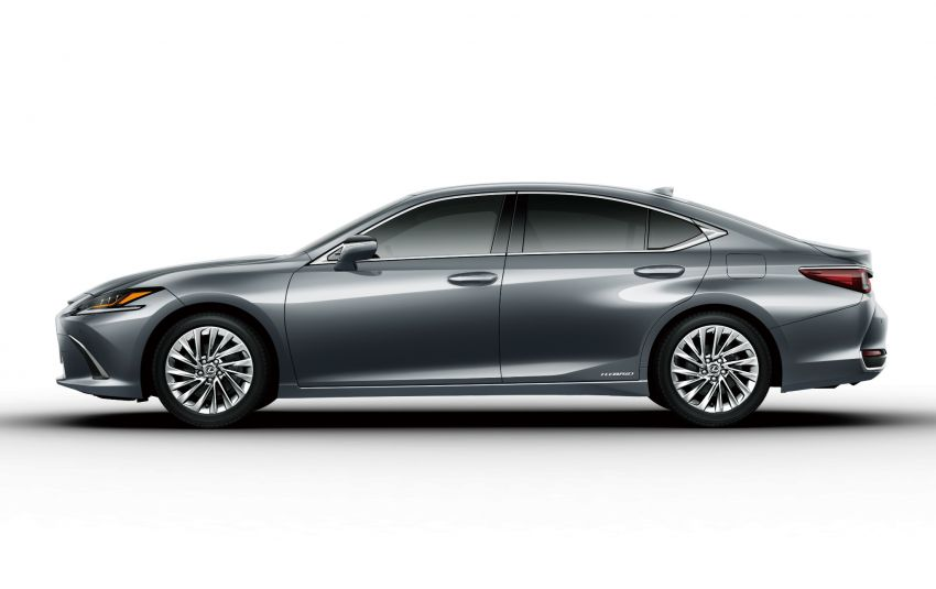 2019 Lexus ES launched in Japan – world's first side-view cameras, ES 300h hybrid only, RM216k to RM259k Image #878772