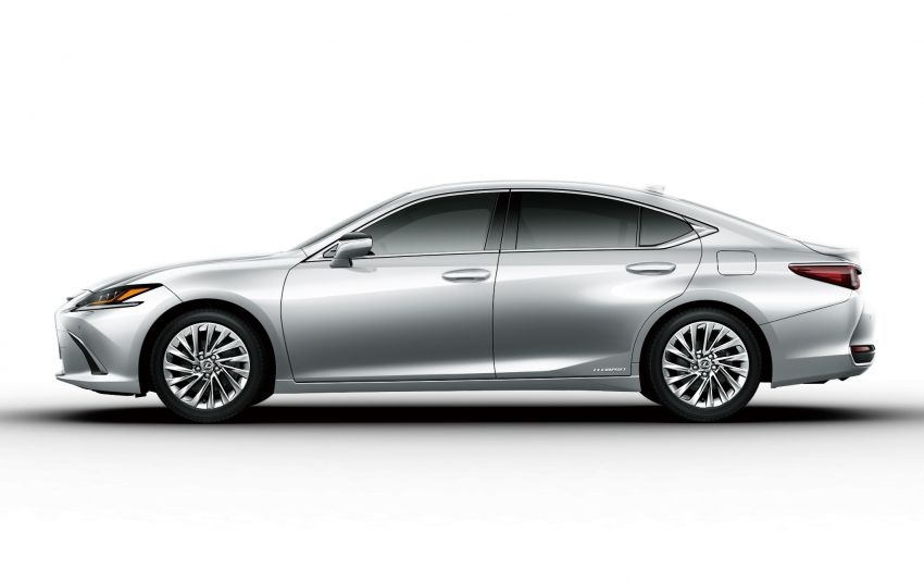 2019 Lexus ES launched in Japan – world's first side-view cameras, ES 300h hybrid only, RM216k to RM259k Image #878773