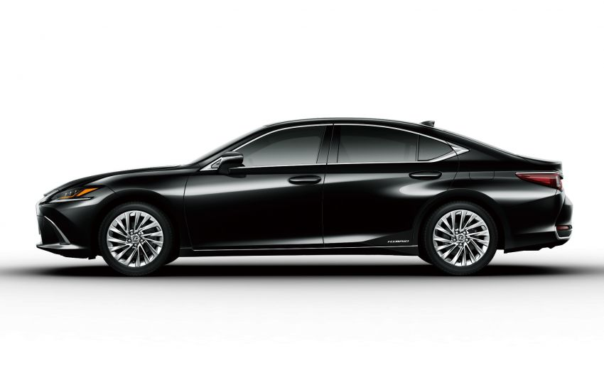 2019 Lexus ES launched in Japan – world's first side-view cameras, ES 300h hybrid only, RM216k to RM259k Image #878775