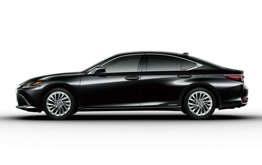 2019 Lexus ES launched in Japan – world's first side-view cameras, ES 300h hybrid only, RM216k to RM259k Image #878776