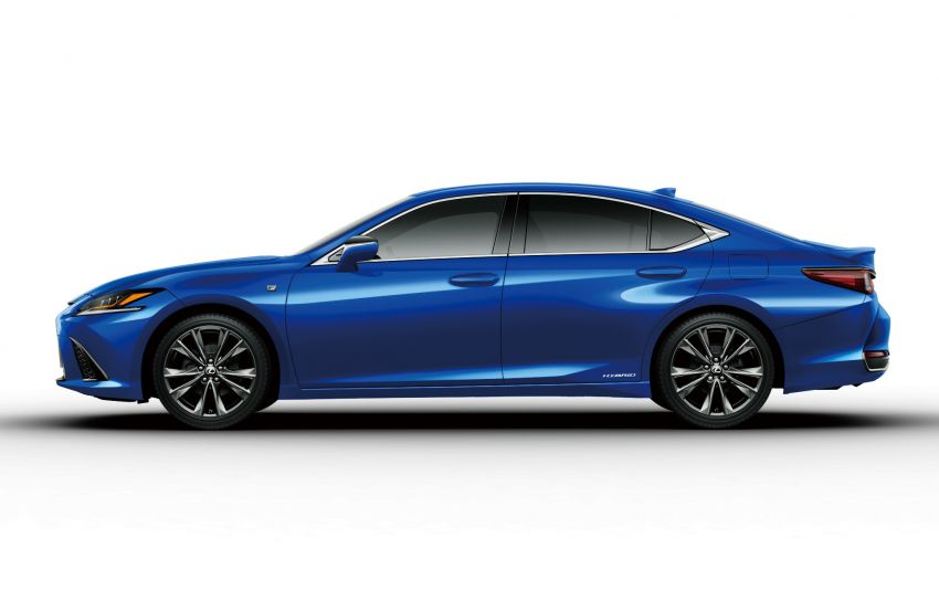 2019 Lexus ES launched in Japan – world's first side-view cameras, ES 300h hybrid only, RM216k to RM259k Image #878778