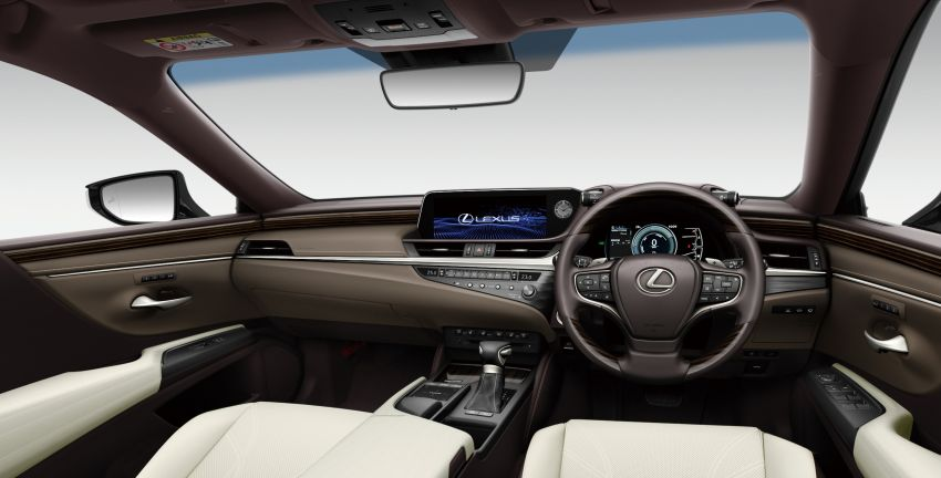 2019 Lexus ES launched in Japan – world's first side-view cameras, ES 300h hybrid only, RM216k to RM259k Image #878780