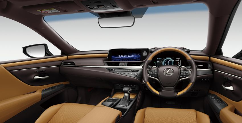 2019 Lexus ES launched in Japan – world's first side-view cameras, ES 300h hybrid only, RM216k to RM259k Image #878782