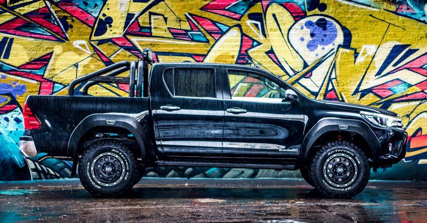 Toyota Hilux Invincible 50 – rai ulangtahun ke-50 tahun Hilux, dibina hanya 50 unit, untuk pasaran UK sahaja Image #876793