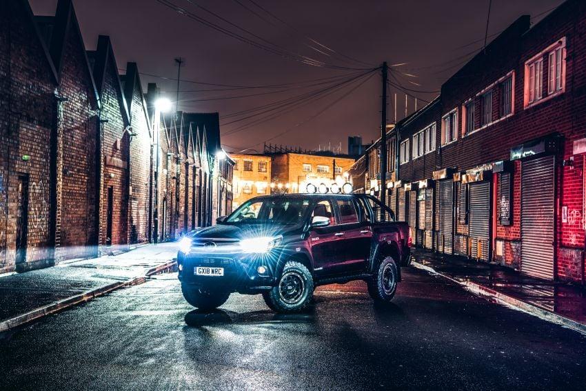 Toyota Hilux Invincible 50 – rai ulangtahun ke-50 tahun Hilux, dibina hanya 50 unit, untuk pasaran UK sahaja Image #876798
