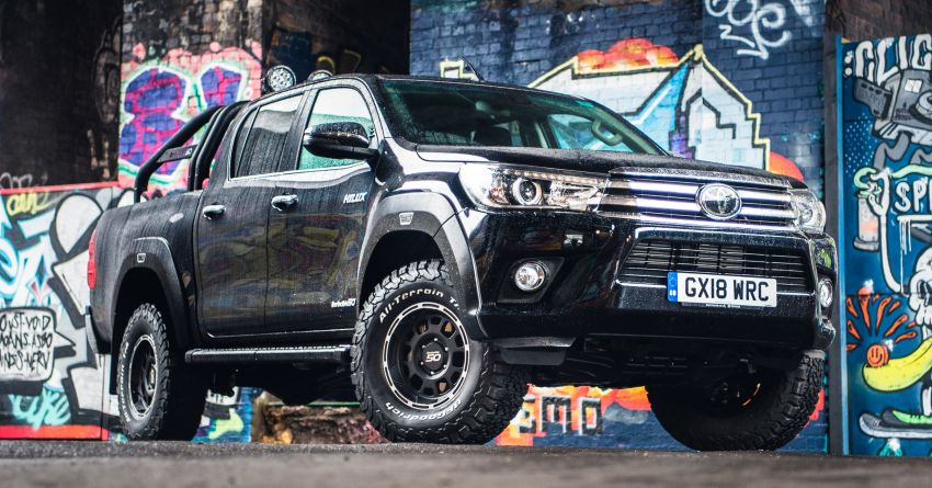Toyota Hilux Invincible 50 – UK-only special edition Image #876141