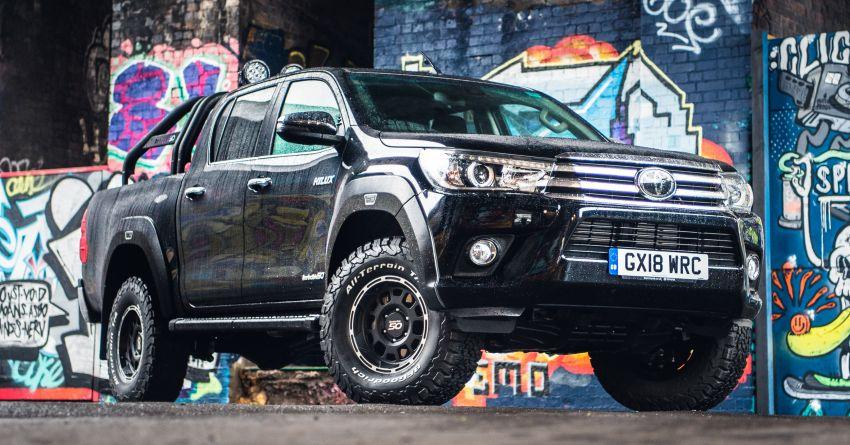 Toyota Hilux Invincible 50 – rai ulangtahun ke-50 tahun Hilux, dibina hanya 50 unit, untuk pasaran UK sahaja Image #876808