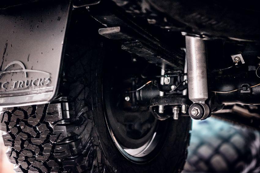 Toyota Hilux Invincible 50 – rai ulangtahun ke-50 tahun Hilux, dibina hanya 50 unit, untuk pasaran UK sahaja Image #876757