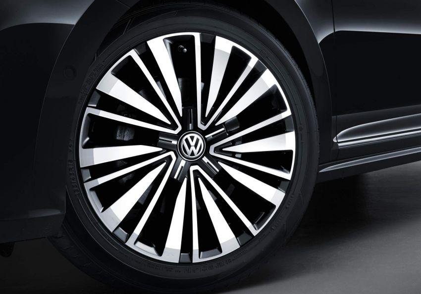 Volkswagen Passat NMS 2019 diperkenalkan di pasaran China – lebih besar, gaya seperti Arteon Image #873945