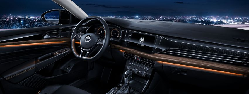 2019 Volkswagen Passat NMS debuts for China market Image #873844
