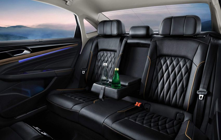 2019 Volkswagen Passat NMS debuts for China market Image #873845