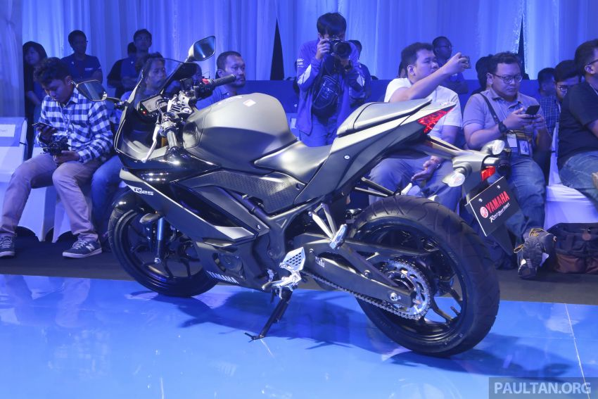 2019 Yamaha YZF-R25 world premiere – 8 km/h faster Image #872161