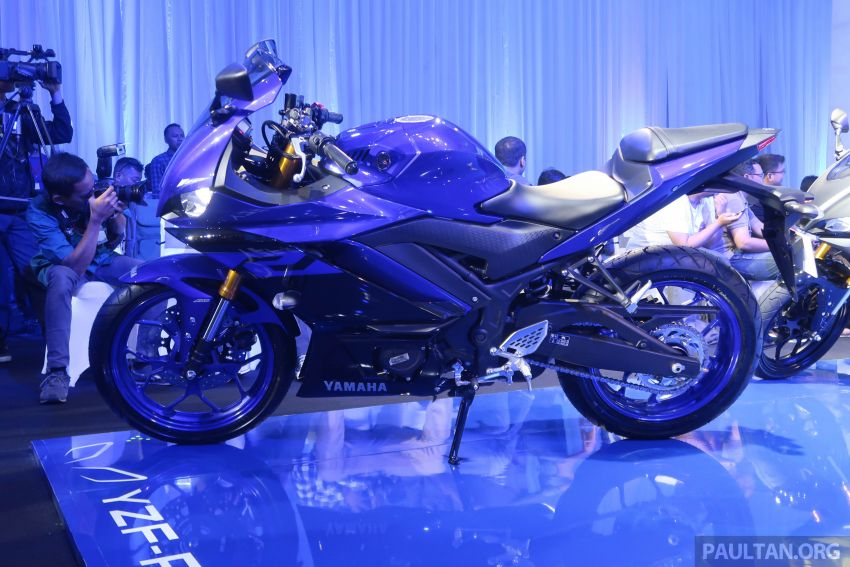 2019 Yamaha YZF-R25 world premiere – 8 km/h faster Image #872165