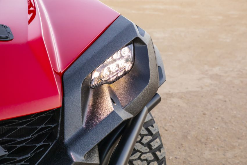 Honda Rugged Open Air Vehicle concept debuts at SEMA – an edgy mix of the Ridgeline and Pioneer 1000 Image #881083