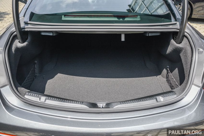 Mercedes-AMG E53 4Matic+ dipertonton di Malaysia Image #871105