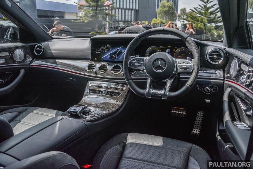 Mercedes-AMG E53 4Matic+ dipertonton di Malaysia Image #871012