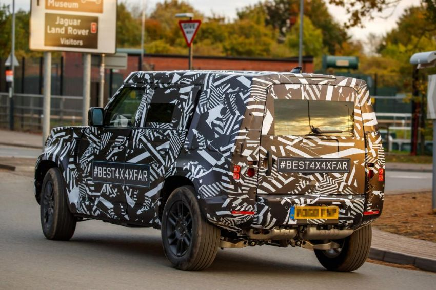 Next-generation Land Rover Defender spotted testing Image #870129