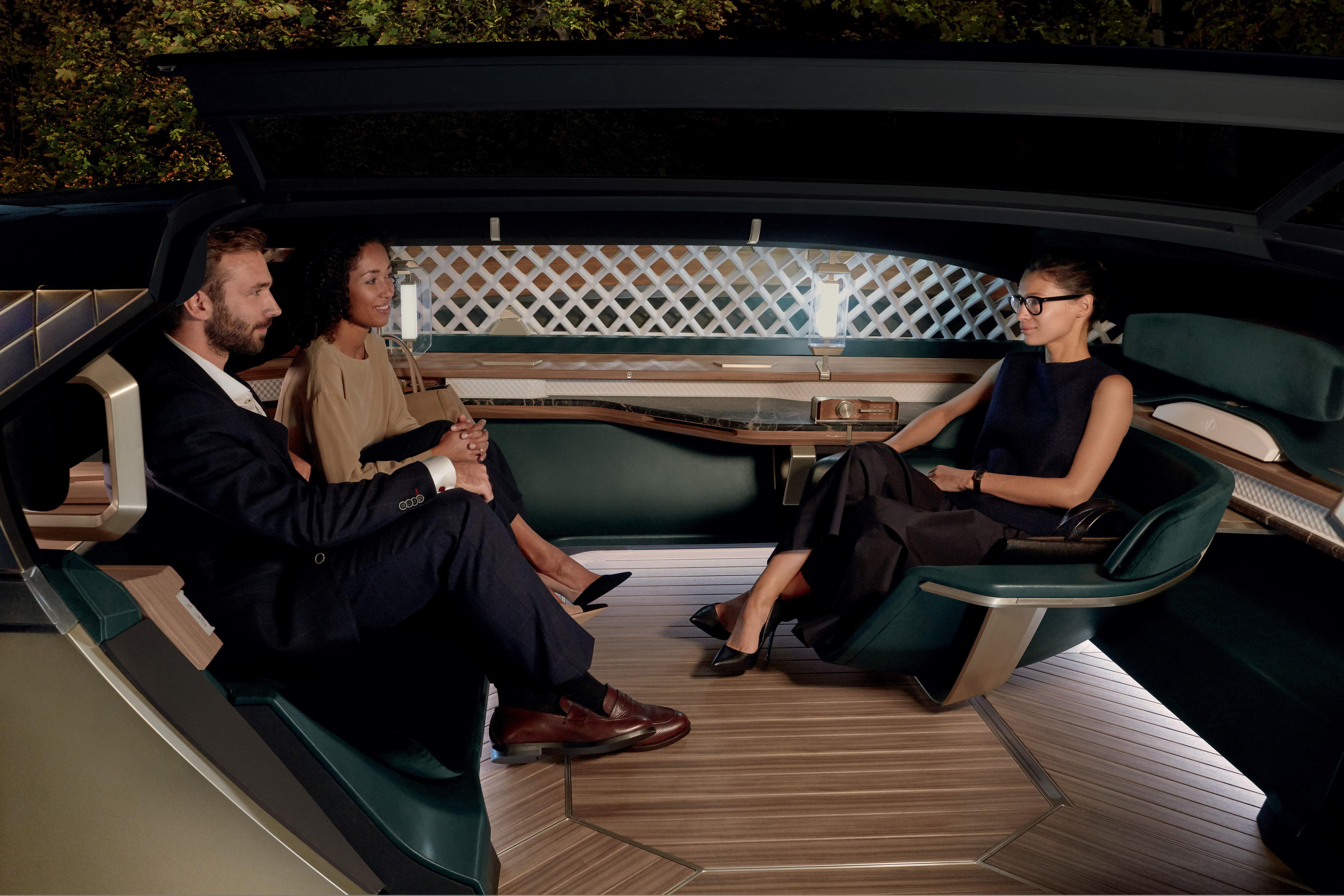 Renault EZ-ULTIMO - an autonomous mobile lounge