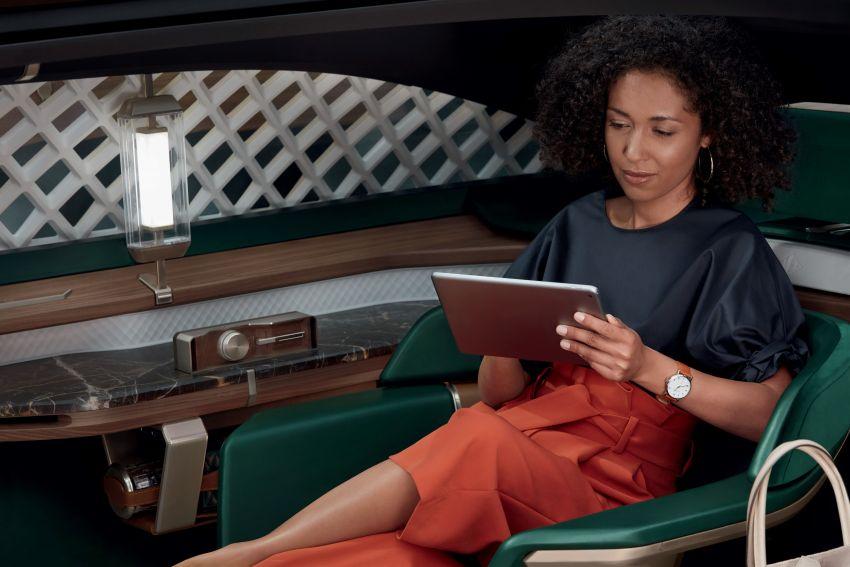 Renault EZ-ULTIMO – an autonomous mobile lounge Image #868577