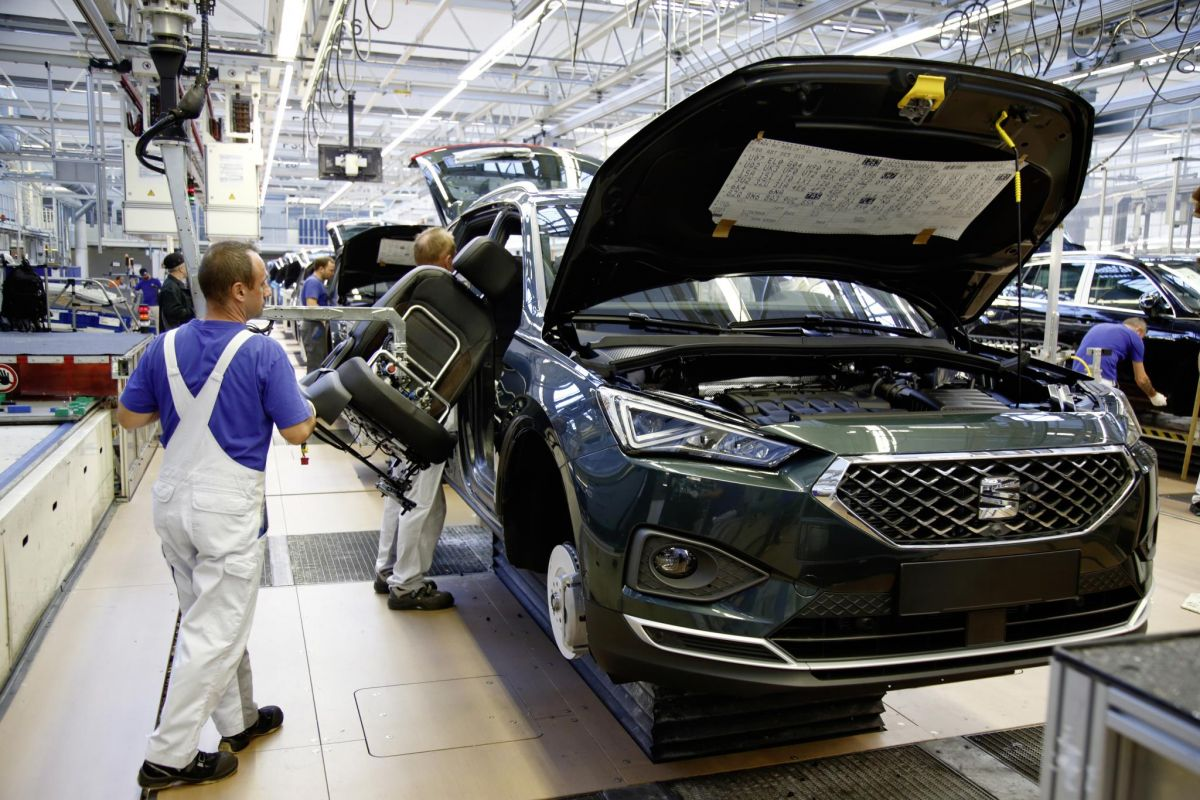 seat tarraco suv production starts in wolfsburg. Black Bedroom Furniture Sets. Home Design Ideas