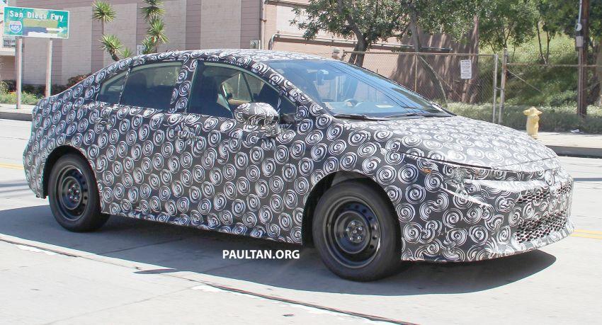Toyota Corolla Sedan generasi ke-12 bakal didedahkan tahun ini, dengan muka hampir seiras versi <em>hatchback</em> Image #868609