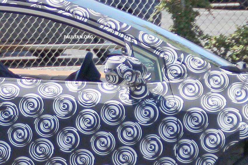 Toyota Corolla Sedan generasi ke-12 bakal didedahkan tahun ini, dengan muka hampir seiras versi <em>hatchback</em> Image #868608