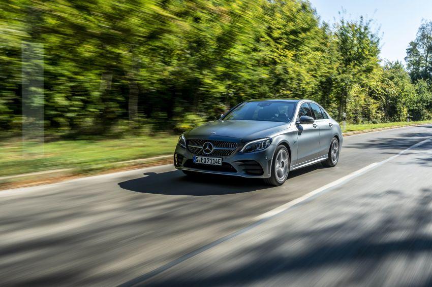 Mercedes-Benz C300de W205 – plug-in hybrid diesel Image #872437
