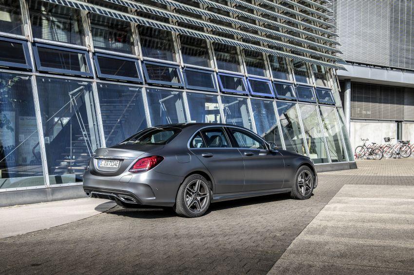 Mercedes-Benz C300de W205 – plug-in hybrid diesel Image #872446