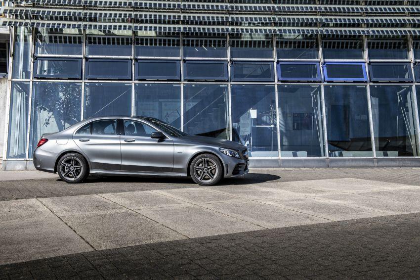 Mercedes-Benz C300de W205 – plug-in hybrid diesel Image #872447