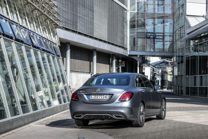 Mercedes-Benz C300de W205 – plug-in hybrid diesel Image #872449
