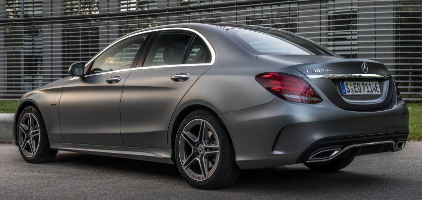 Mercedes-Benz C300de W205 – plug-in hybrid diesel Image #872452
