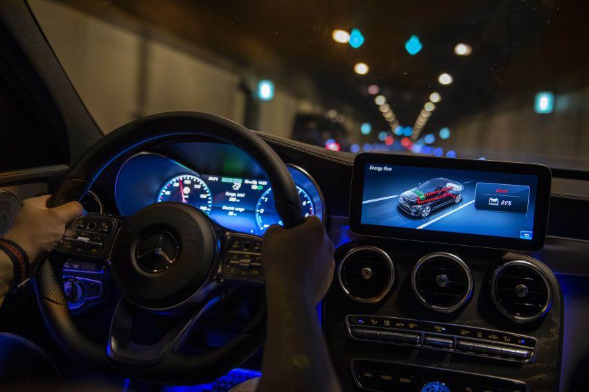 Mercedes-Benz C300de W205 – plug-in hybrid diesel Image #872465