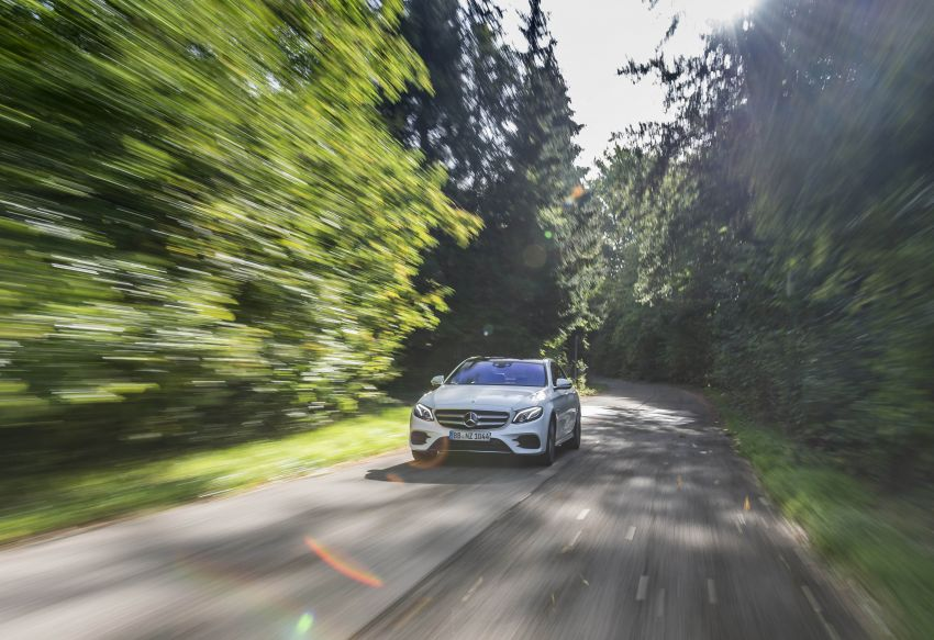 W213 Mercedes-Benz E300e and E300de debut – new plug-in hybrid models with up to 320 PS, 1.6 l/100 km Image #872266