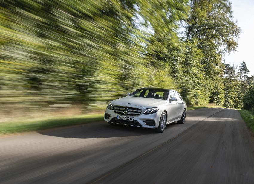 W213 Mercedes-Benz E300e and E300de debut – new plug-in hybrid models with up to 320 PS, 1.6 l/100 km Image #872267