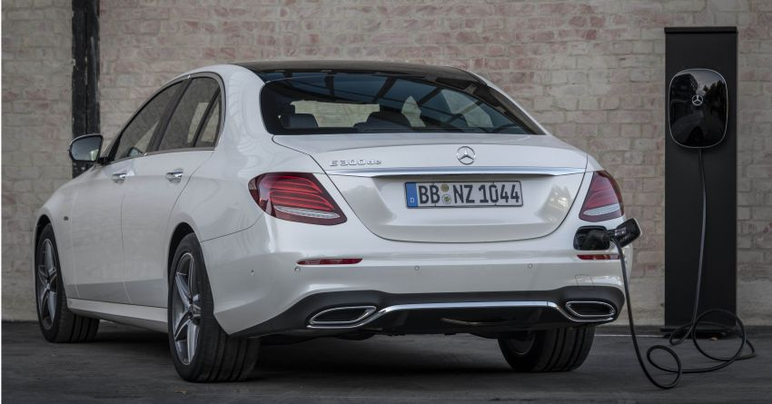 W213 Mercedes-Benz E300e and E300de debut – new plug-in hybrid models with up to 320 PS, 1.6 l/100 km Image #872294