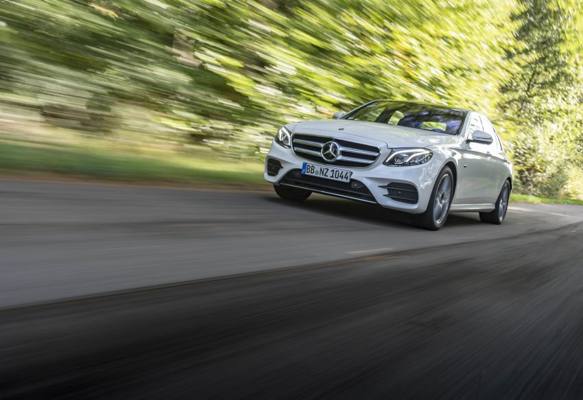 W213 Mercedes-Benz E300e and E300de debut – new plug-in hybrid models with up to 320 PS, 1.6 l/100 km Image #872268