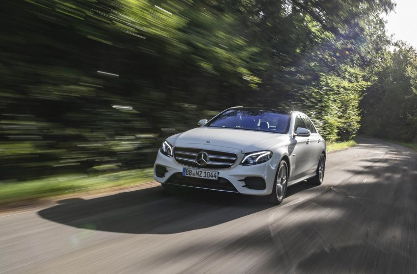W213 Mercedes-Benz E300e and E300de debut – new plug-in hybrid models with up to 320 PS, 1.6 l/100 km Image #872269