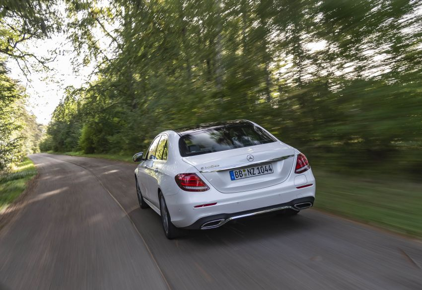 W213 Mercedes-Benz E300e and E300de debut – new plug-in hybrid models with up to 320 PS, 1.6 l/100 km Image #872271