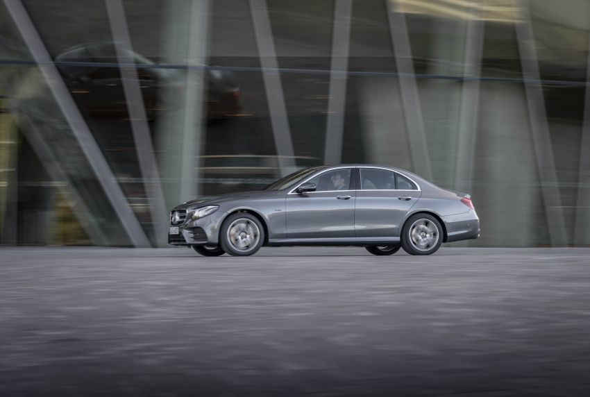 W213 Mercedes-Benz E300e and E300de debut – new plug-in hybrid models with up to 320 PS, 1.6 l/100 km Image #872203