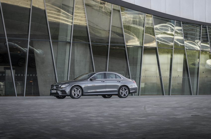 W213 Mercedes-Benz E300e and E300de debut – new plug-in hybrid models with up to 320 PS, 1.6 l/100 km Image #872207