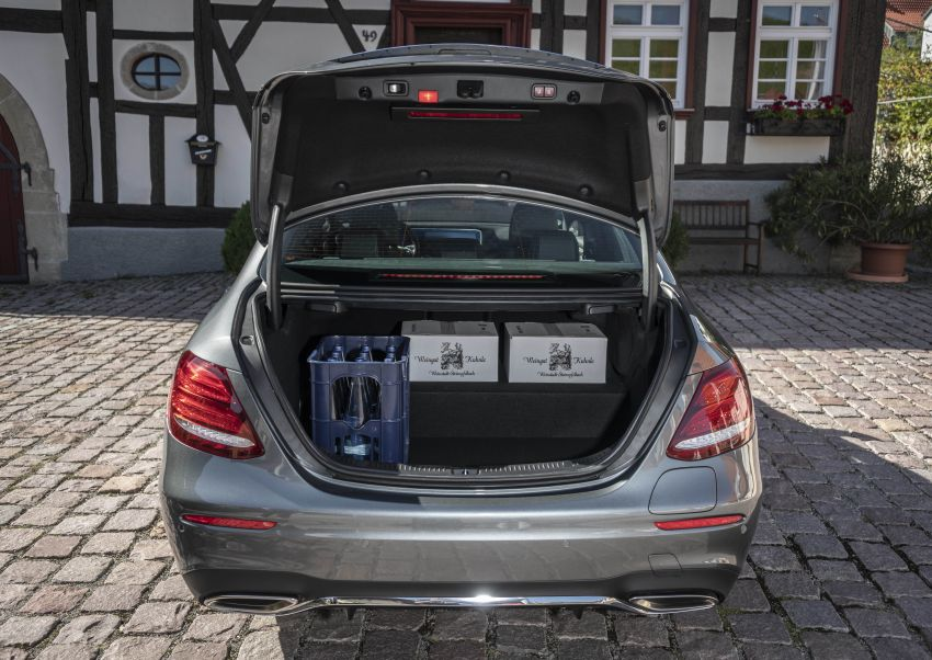 W213 Mercedes-Benz E300e and E300de debut – new plug-in hybrid models with up to 320 PS, 1.6 l/100 km Image #872218