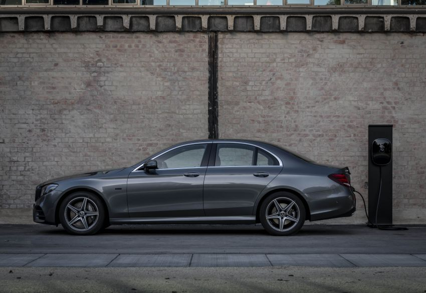 W213 Mercedes-Benz E300e and E300de debut – new plug-in hybrid models with up to 320 PS, 1.6 l/100 km Image #872227