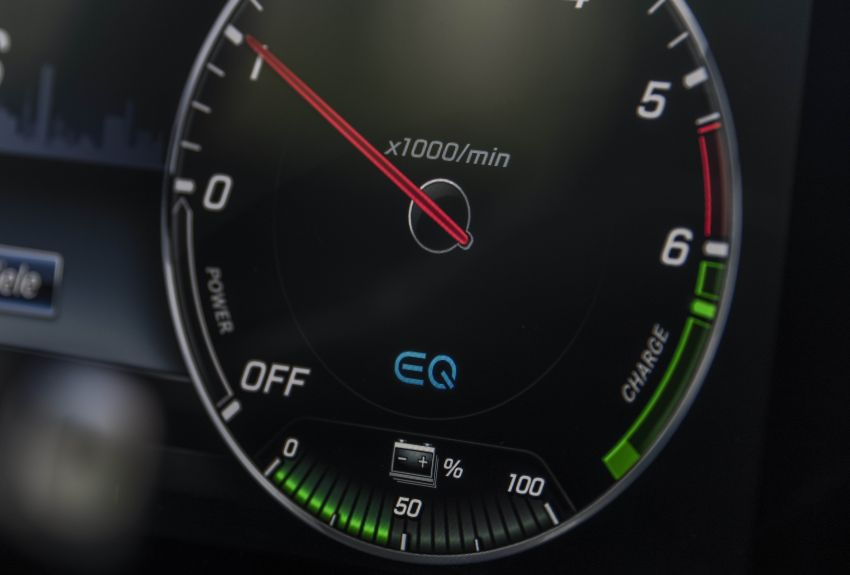 W213 Mercedes-Benz E300e and E300de debut – new plug-in hybrid models with up to 320 PS, 1.6 l/100 km Image #872234