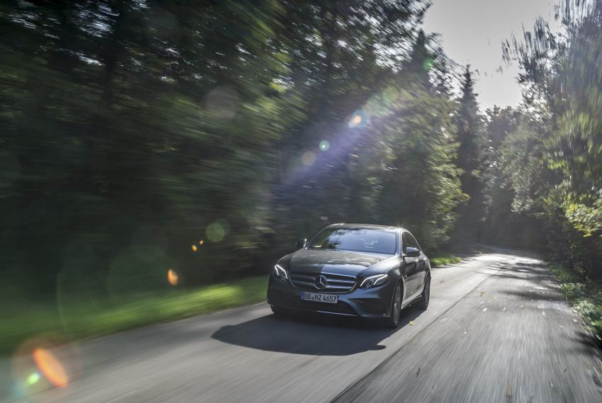 W213 Mercedes-Benz E300e and E300de debut – new plug-in hybrid models with up to 320 PS, 1.6 l/100 km Image #872195