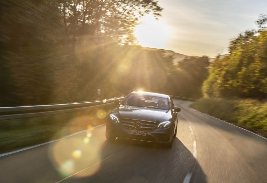 W213 Mercedes-Benz E300e and E300de debut – new plug-in hybrid models with up to 320 PS, 1.6 l/100 km Image #872200
