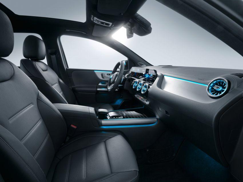 Mercedes-Benz B-Class W247 ditunjuk di Paris Motor Show – pilihan enjin petrol atau diesel, transmisi baru Image #867671