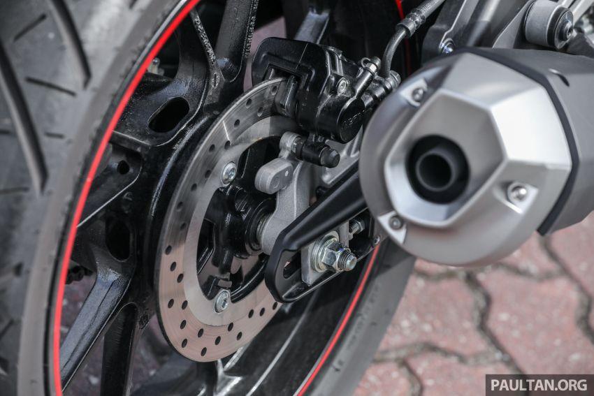 TUNGGANG UJI: Yamaha YZF-R15 – untuk 'kaki roket' Image #881541