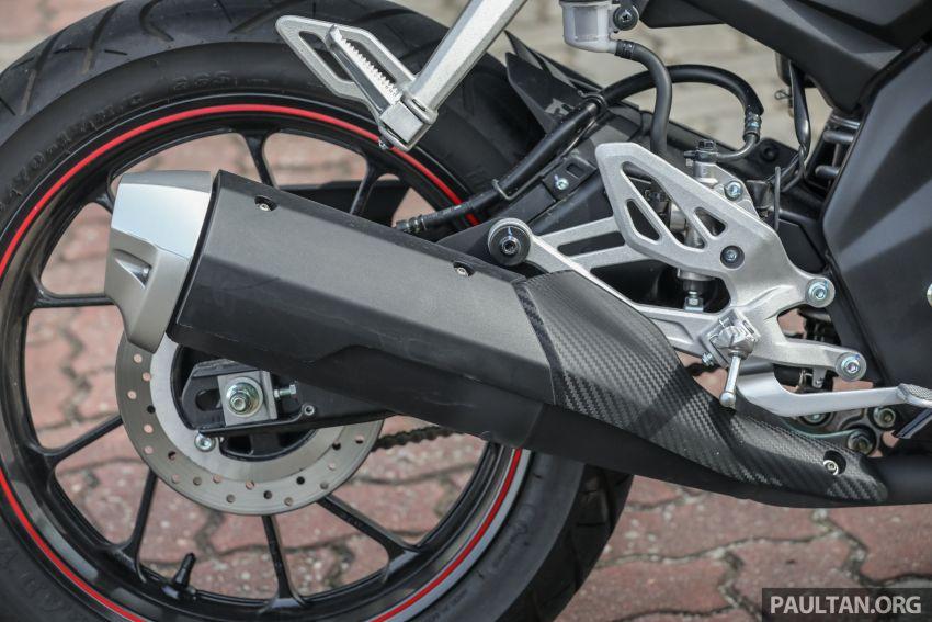 TUNGGANG UJI: Yamaha YZF-R15 – untuk 'kaki roket' Image #881551